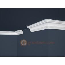 Потолочный плинтус с гладким профилем, багет Marbet E14
