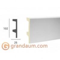 Напольный плинтус с гладким профилем Tesori KF 504 (2.44м)